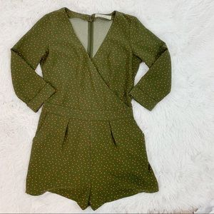 Abercrombie and Fitch 3/4 sleeve polka dot rompers